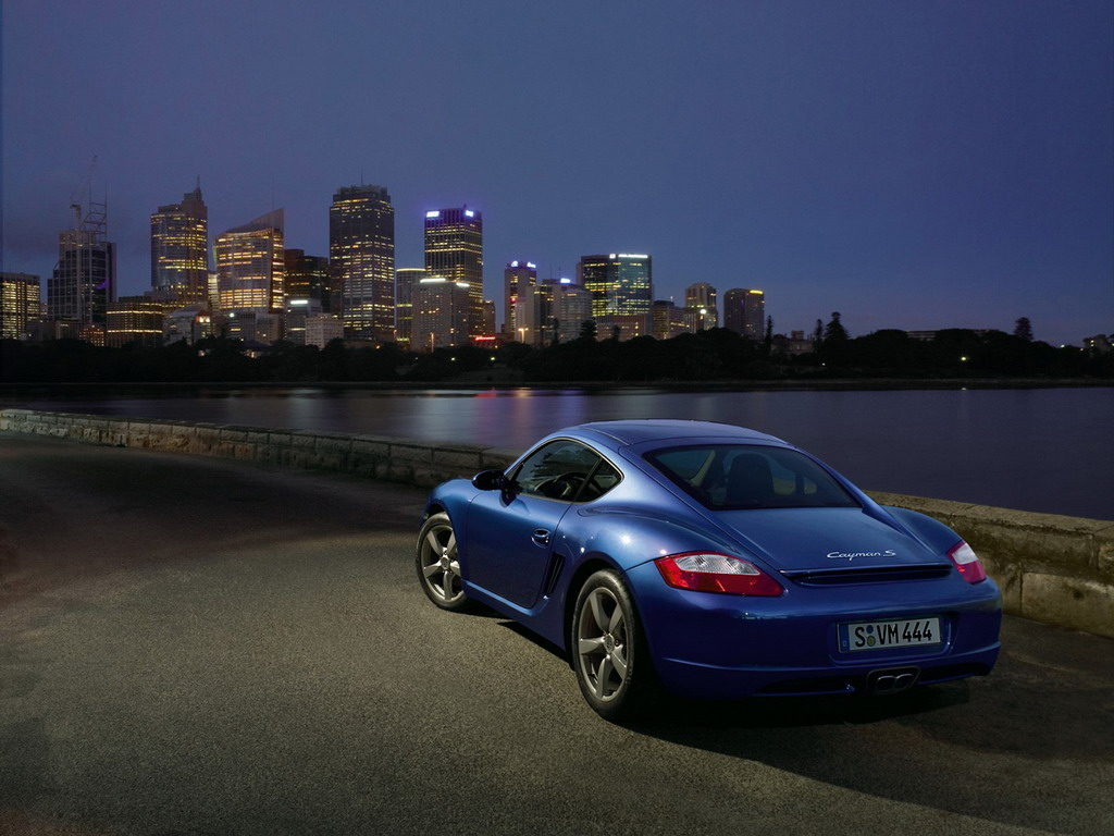 Фотографии автомобиля Porsche Caym…