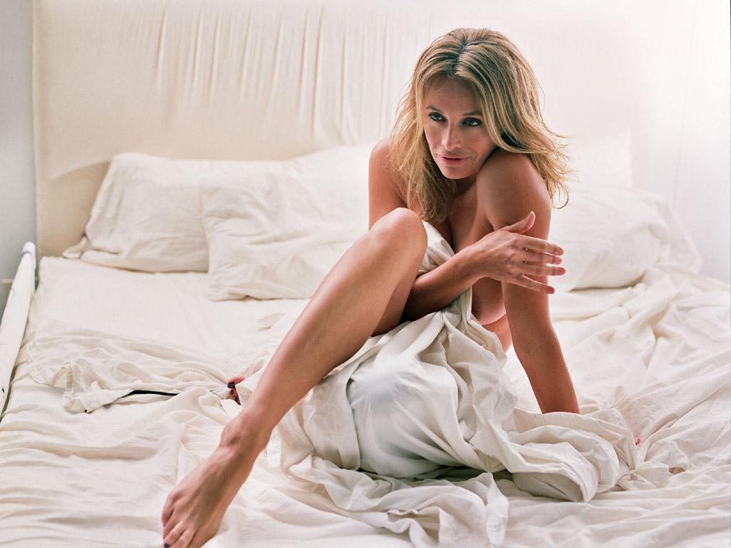 Секс в большом кроватей