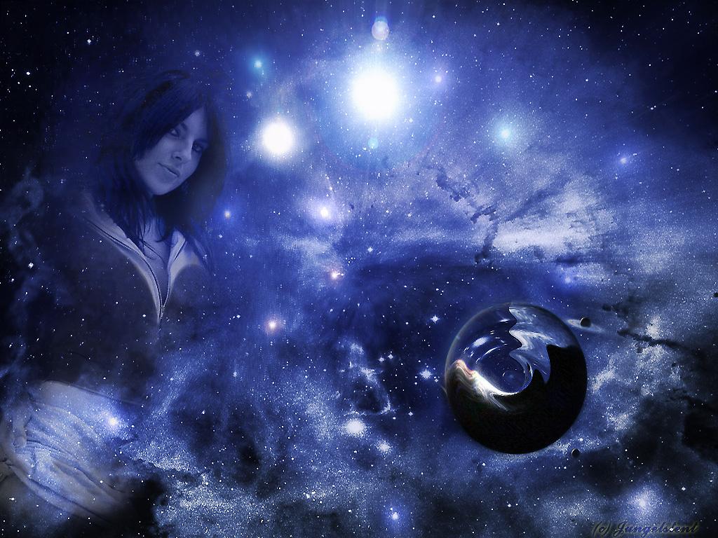 Девушка на фоне вселенной красивое