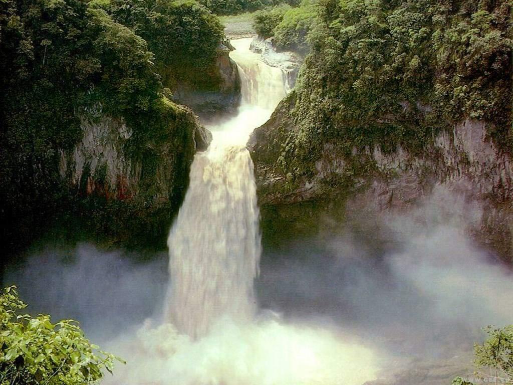 Картинка, білий водоспад у горах - фото