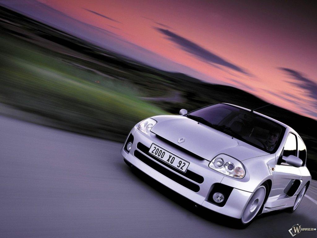 Фото Renault Clio Renaultsport.