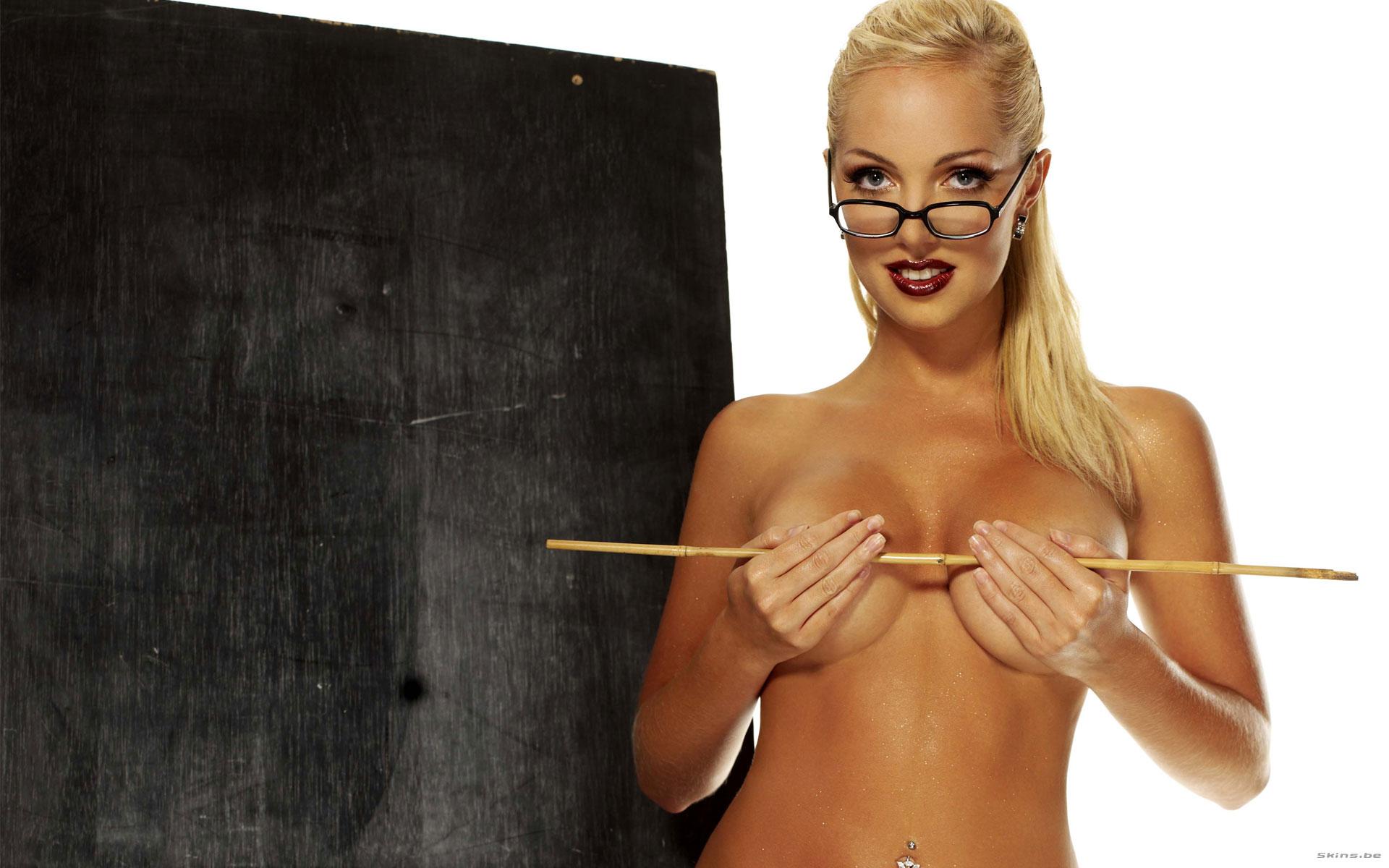 Русскоепорно учительница в очках 3 фотография