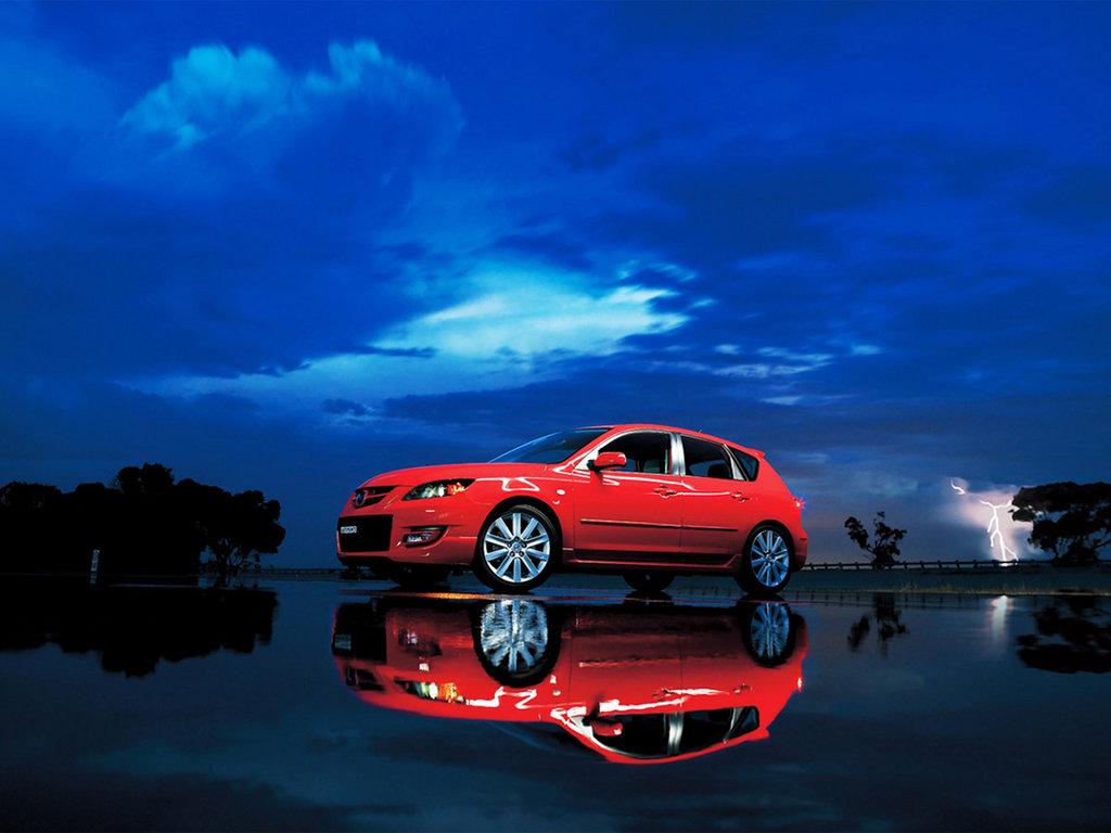 Фото Mazda 3 MPS.
