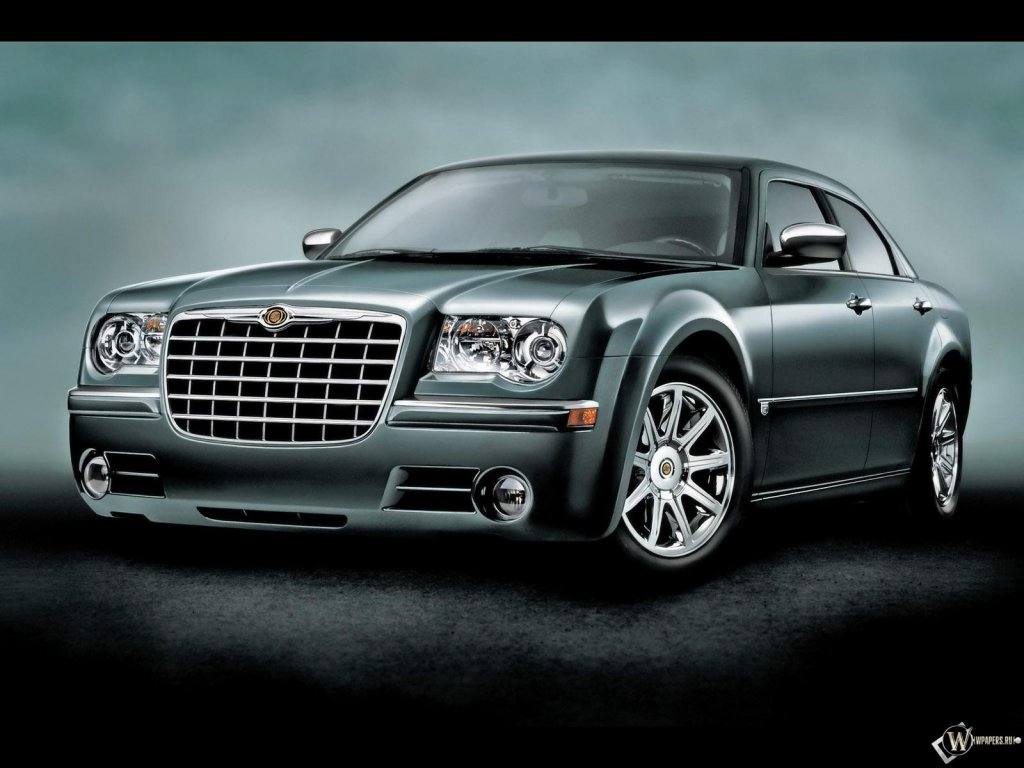 !Chrysler 300 Touring Sedan.