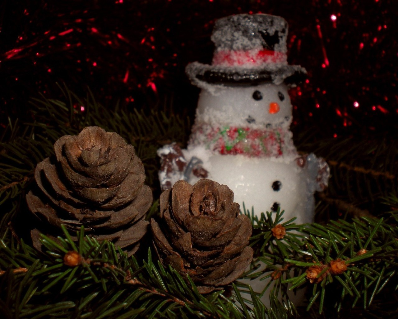 Картинка новорічні шпалери сніговик