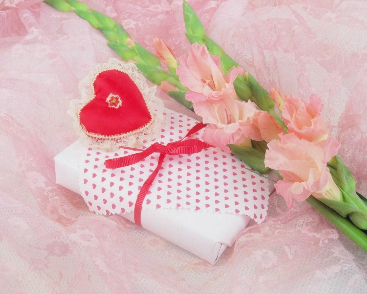 Нежные подарки любимому