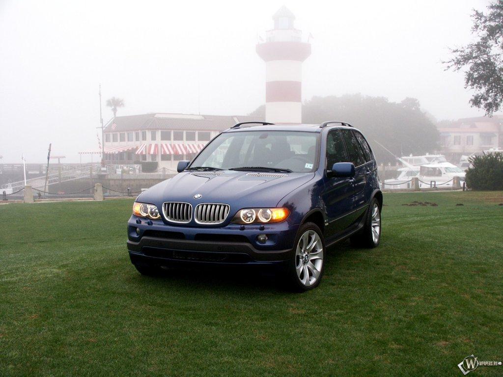 Обои BMW X5: Внедорожник, Город,…