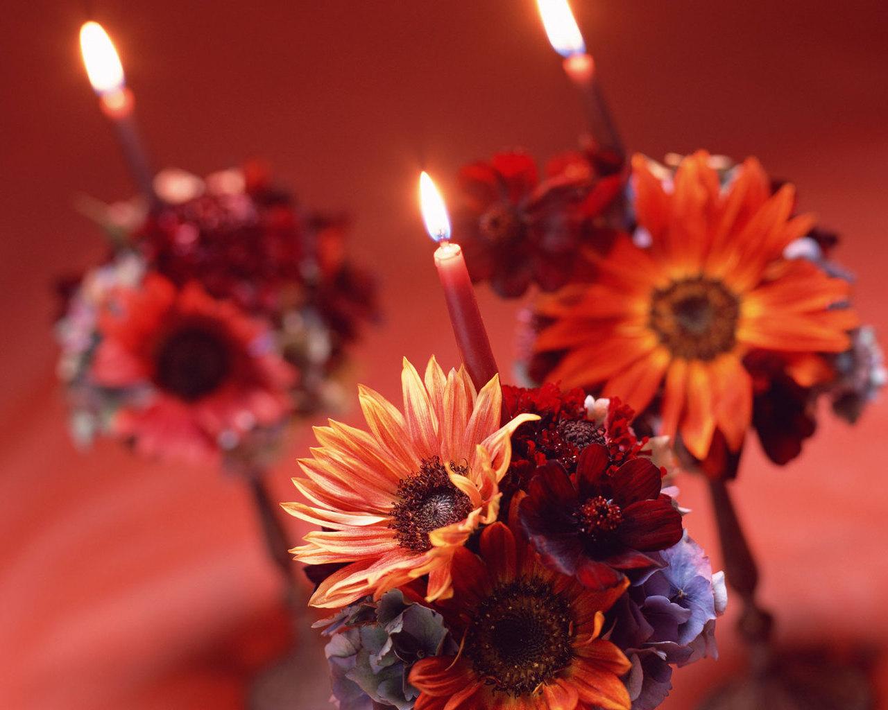 Свечи и цветы фото