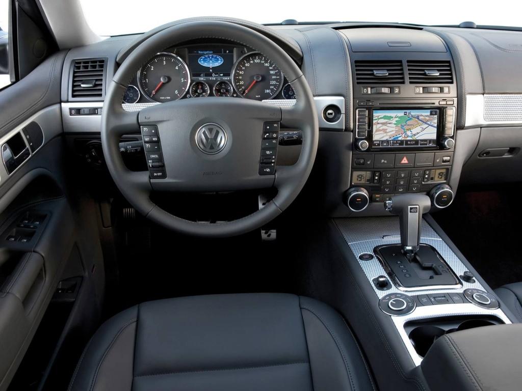 Интерьер салона Volkswagen Touareg…